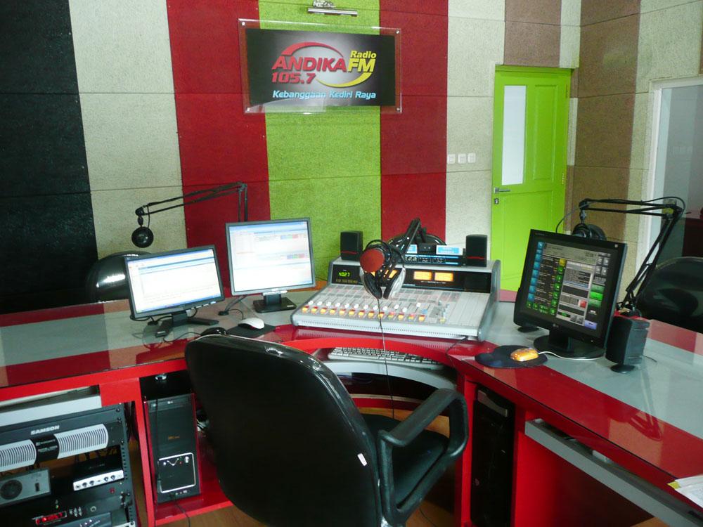studio radio andika fm kediri (real size)