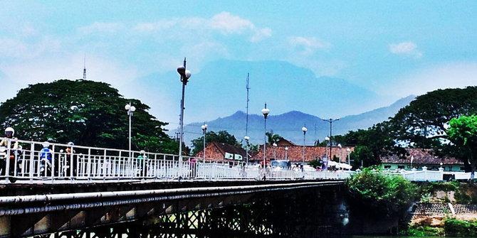 jembatan_lama2.jpg