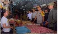 Polisi Temukan Makanan Berjamur, Saat Sidak Mamin Di Blitar
