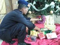 Petugas Kepolisian dan Satuan Brimob Kompi C Melakukan Penyisiran di Beberapa Gereja Wilayah Kota Kediri