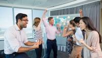 Hindari Bahas 7 Hal Ini Ketika Kumpul dengan Teman Kantor