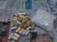 Edarkan narkoba jenis pil double L, pemuda Balowerti Kota Kediri diamankan polisi .