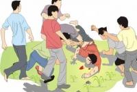 Tegur pemuda kebut - kebutan di jalan desa , warga desa Gambyok Kecamatan Grogol malah dikeroyok
