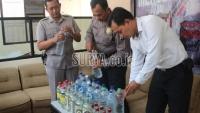 Antisipasi Kasus Korban Miras Oplosan di Jabar, Polisi Blitar Razia Miras dan Temukan Ini