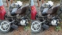 Ayah-Anak Berboncengan Motor di Tulungagung, Posisinya Terlalu ke Kanan, Selanjutnya Tragis