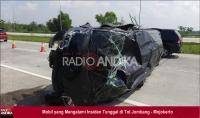 Pecah Ban,  Mobil Tabrak Wirerope di Tol Jombang - Mojokerto Hingga Terguling